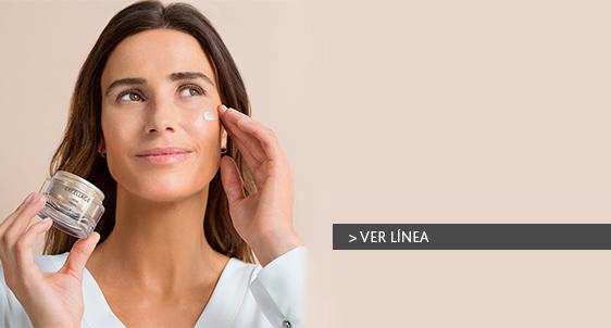 Redensifica, nutre y protege la piel con la crema Excellage.